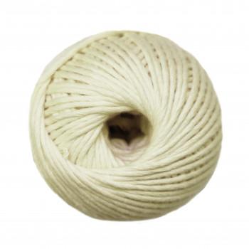 Ovillo de algodón peinado...